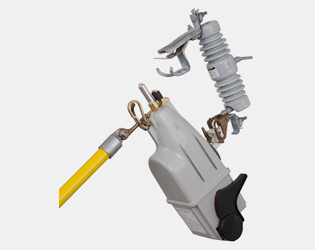 Vista Underground Distribution Switchgear: Handling Tools